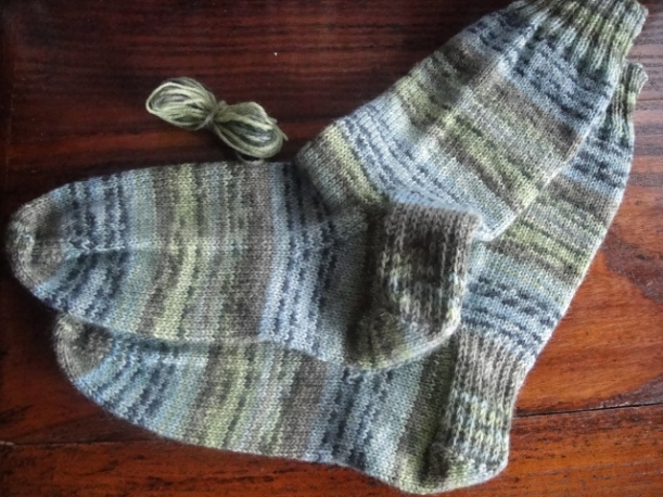 Self-patterning Opal yarn socks